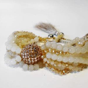 Elegantes mehrreihiges Perlenarmband mit Shamballa Schmuckelement