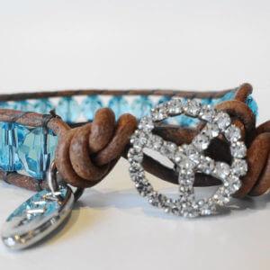 Naturlederarmband mit Swarovski Kristallperlen